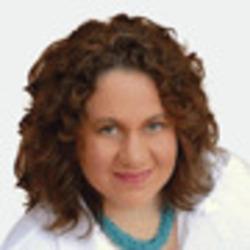 Angelique Grado headshot