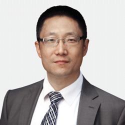 Eugene Wen headshot