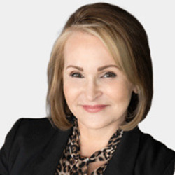 Diane Sanford headshot