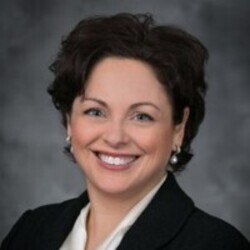 Tina Bigalke headshot