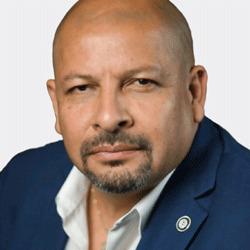 Otto Contreras headshot