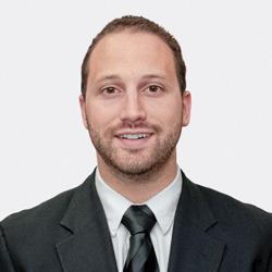 Adam Glick headshot