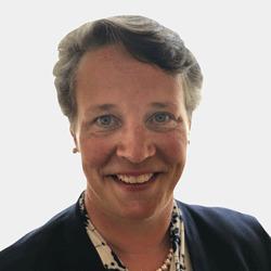 Mary Beth DeNooyer headshot