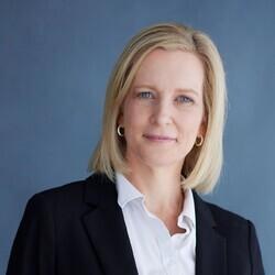 Helen Patton headshot