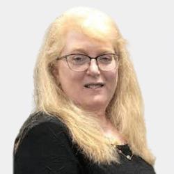 Deb Briggs headshot