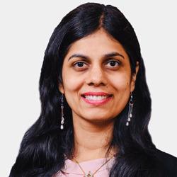 Nalini Polavarapu headshot