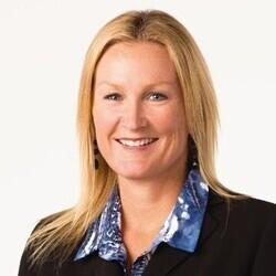 Sarah King headshot