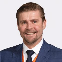 Justin Davies headshot