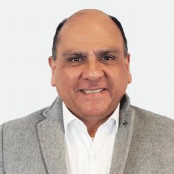 Marco Figueroa headshot