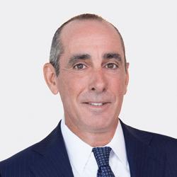 Dean Del Vecchio headshot