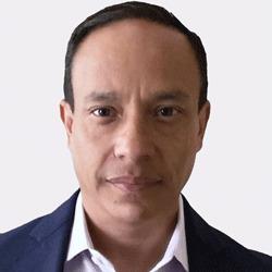 Alvaro Corena headshot