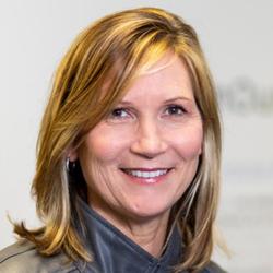 Lisa Yankie headshot
