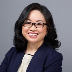 Peggy Tsai headshot