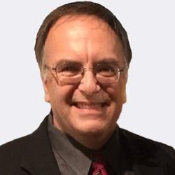 Robert Valle headshot