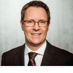 Thomas Kleine-Möllhoff headshot