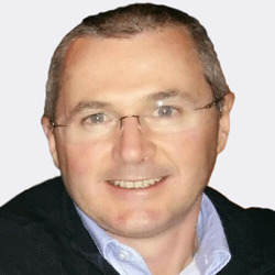 Craig Stewart headshot