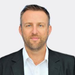 Peter Granlund headshot