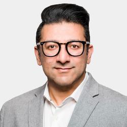 Armghan Malik headshot