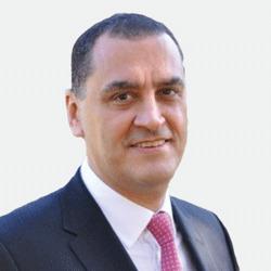 Victor Akkari headshot