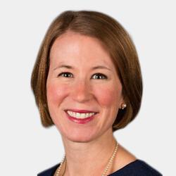 Carolyn Lind headshot
