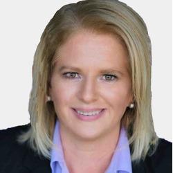 Tracy White headshot