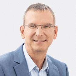 Stefan Henkel headshot