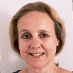 Sarah Lawson headshot
