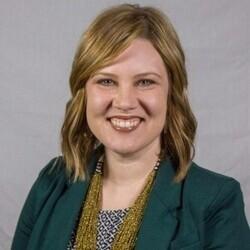 Courtney Kolar headshot