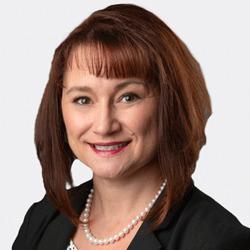 Terri Zimmerman headshot