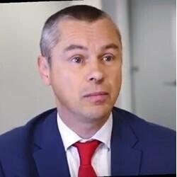 Neil McIvor headshot