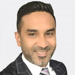 Farukh Lakhani headshot