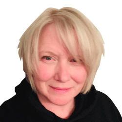 Traci Van Geel headshot