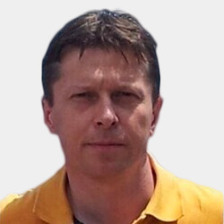 Mihály Veres headshot