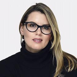 Lorna Hagen headshot