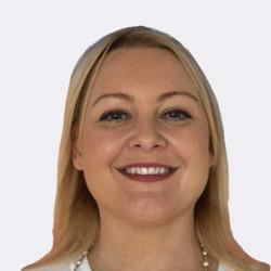 Lizzie Runham headshot