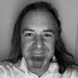 Richard Thompson headshot