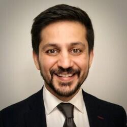 Dév Rishi Sahani headshot