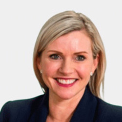 Nicole Reid headshot