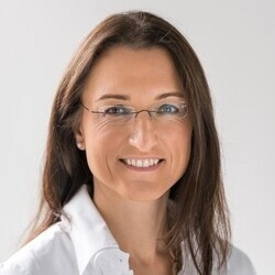 Kerstin Wagner headshot