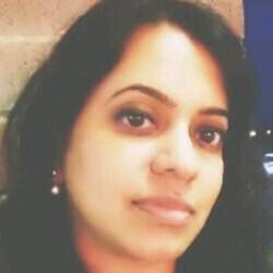 Meenakshi Thanikachalam headshot