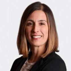 Lauren Kane headshot