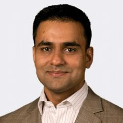 Rajeev Aluru headshot