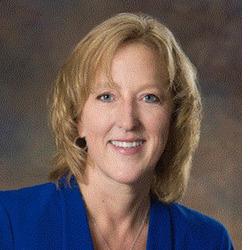 Vicki Leinbach headshot