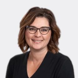 Karla Kochan headshot